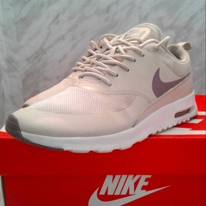 Nike Air Max Thea Women Size 8 Shoe Running Shoe